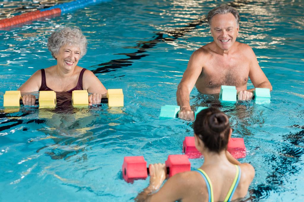 ćwiczenia dla seniorów - basen